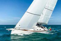 Italia_Yachts_12.98